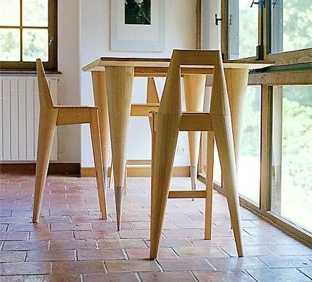 Frühstückstisch und Stühle aus Esche, Tischhöhe 100 cm