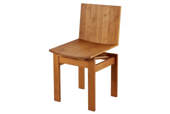 Federstuhl aus Kirschbaum