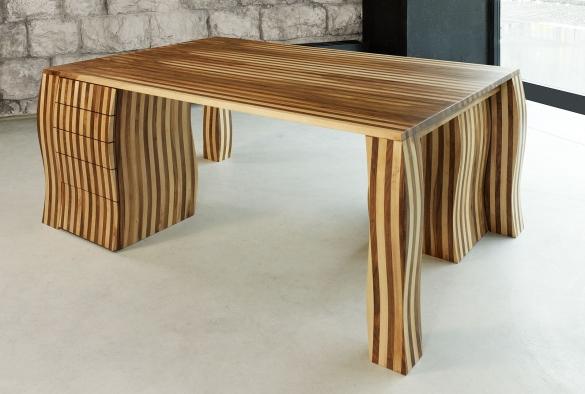 PARTNER DESK  Schreibtisch für Zwei    Drei verschiedene Nussbäume